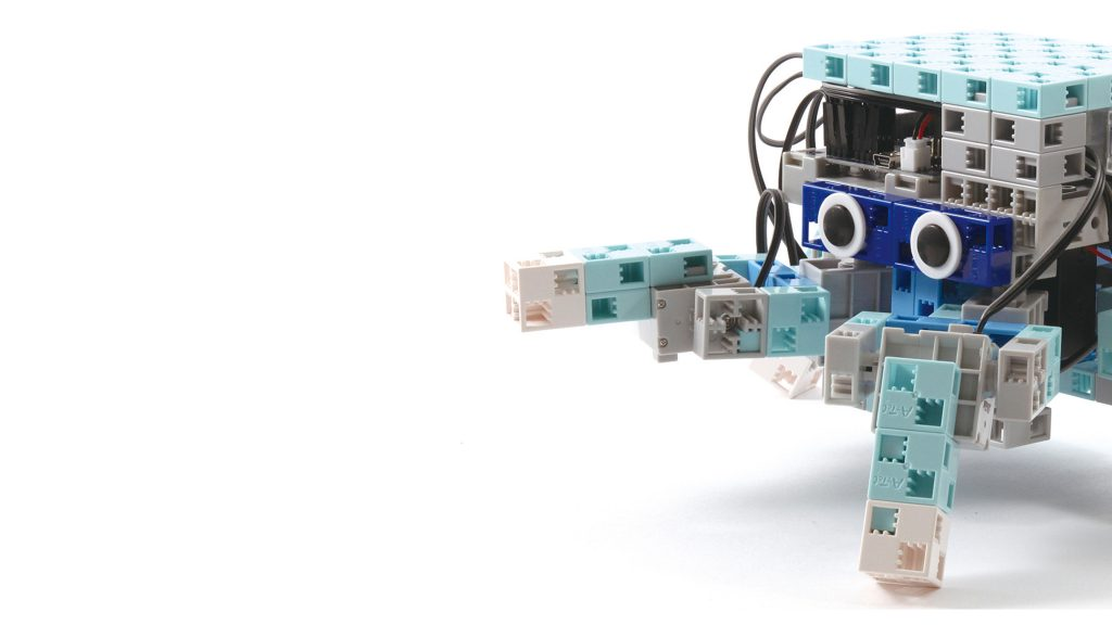 Ecole Algora wall-robots02-sans-logo